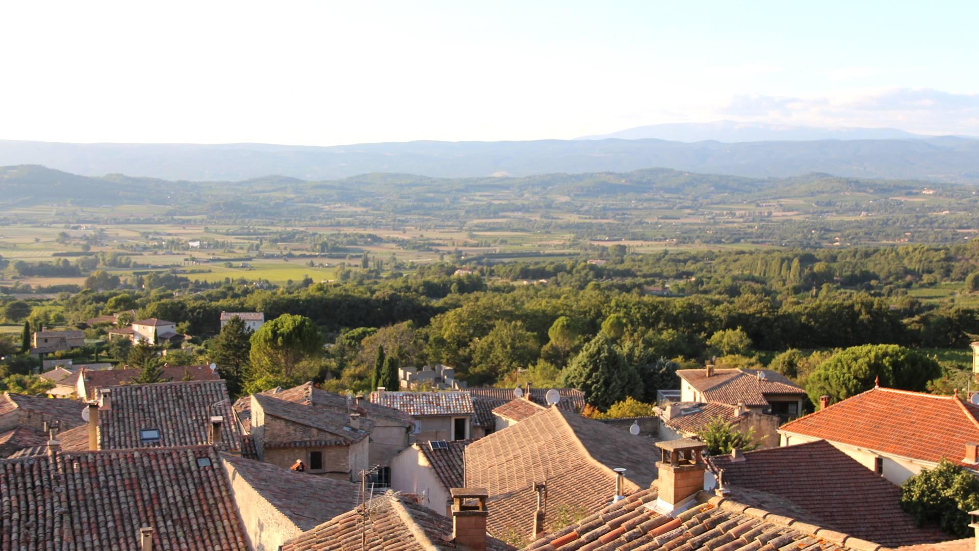 Vue depuis les toits de Bonnieux