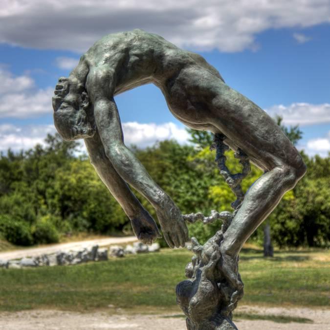 sculpture à Lacoste